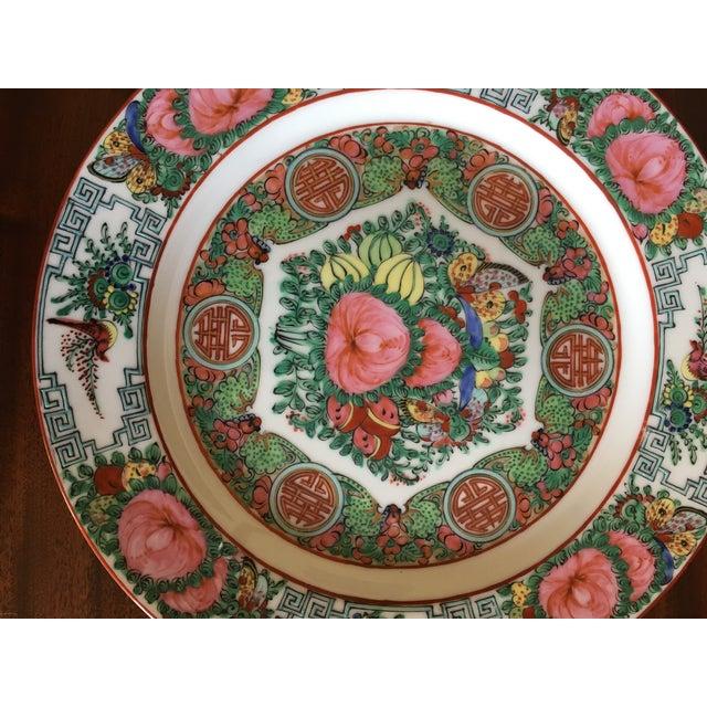 Green Vintage Famille Rose Medallion Decorative Plates - Set of 3 For Sale - Image 8 of 13