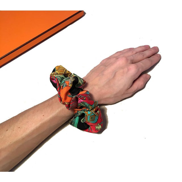 2010s Hermes Handmade Vintage Silk Scarf Scrunchie in Black, Teal, and Red Illustrated Print For Sale - Image 5 of 13