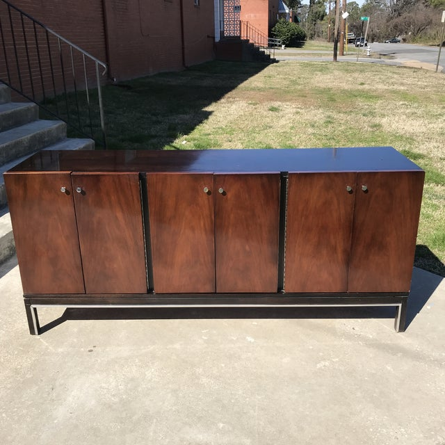 Mid-Century Modern American of Martinsville Mid Century Credenza For Sale - Image 3 of 13