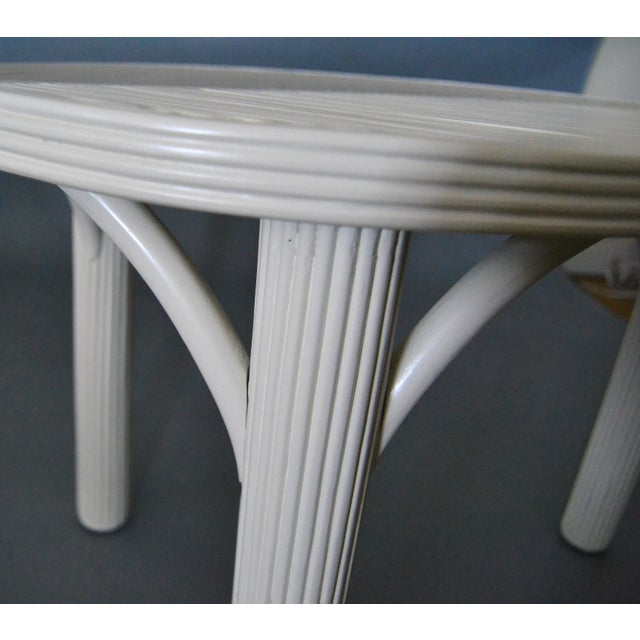 Off-white Hollywood Regency Two Leaf Shaped Bamboo & Pencil Reed Side Tables - a Pair For Sale - Image 8 of 13