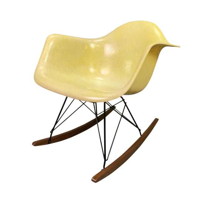 Vintage Mid Century Charles Eames Fiberglass Rocking Chair For Sale