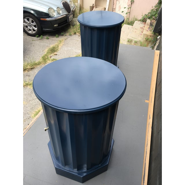 1950s 1950s Art Deco Dark Blue Lacquered Column Shaped Drum Tables - a Pair For Sale - Image 5 of 12