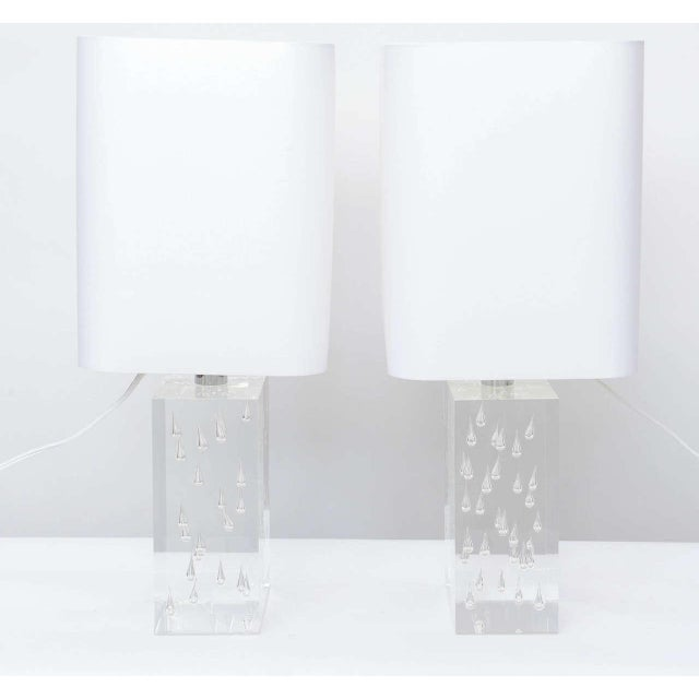 Modern Pair of Rare Thick and Lucite Block with Raindrop Lamps For Sale - Image 3 of 11