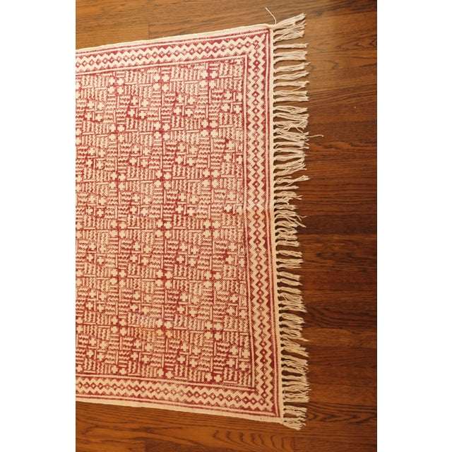 Hand-Blocked Maroon Cotton Printed Rug - 3' x 5' - Image 3 of 3