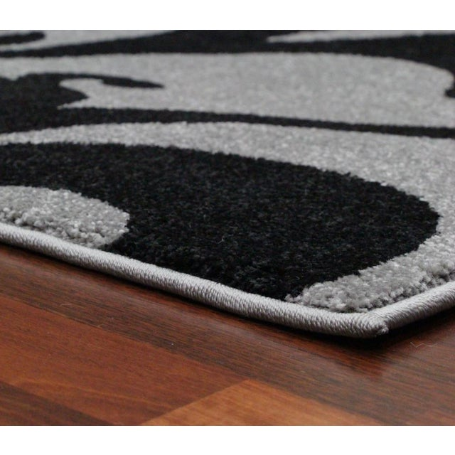 """Transitional Floral Gray & Black Rug - 5'3"""" x 7'7"""" - Image 5 of 6"""