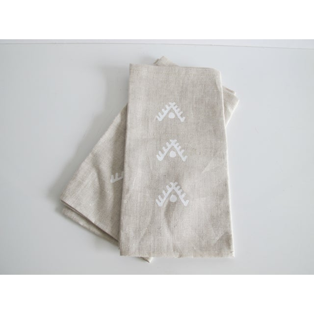 Geometric Brown Linen Napkins- A Pair - Image 2 of 4