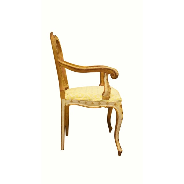 Queen Anne Style Accent Chair - Image 4 of 9