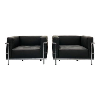 Mid Century Modern LeCorbusier Lc2 Lounge Chairs - a Pair For Sale