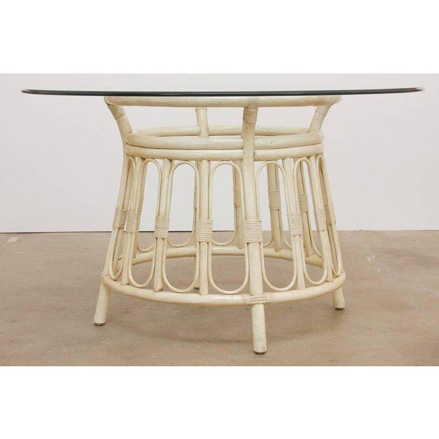 Mid 20th Century Bamboo Rattan Lacquered Round Dining Table by Brown Jordan For Sale - Image 5 of 13