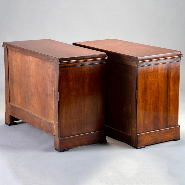 English Mahogany Chests With Black Detailing - a Pair For Sale In Detroit - Image 6 of 11
