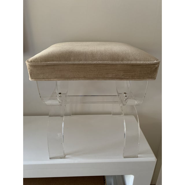 1970s Vintage Lucite X-Base Stool For Sale - Image 13 of 13