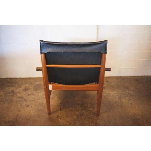 Hans Olsen Black Leather & Wood Safari Chair - Image 5 of 7
