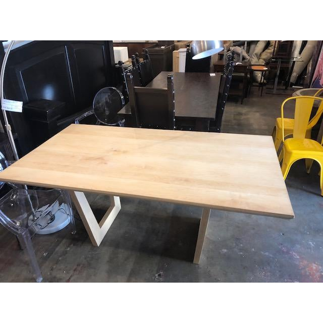 Malibu is a contemporary dining table with MDF top. Due to its thick hard wood top and legs, the table is suitable for...