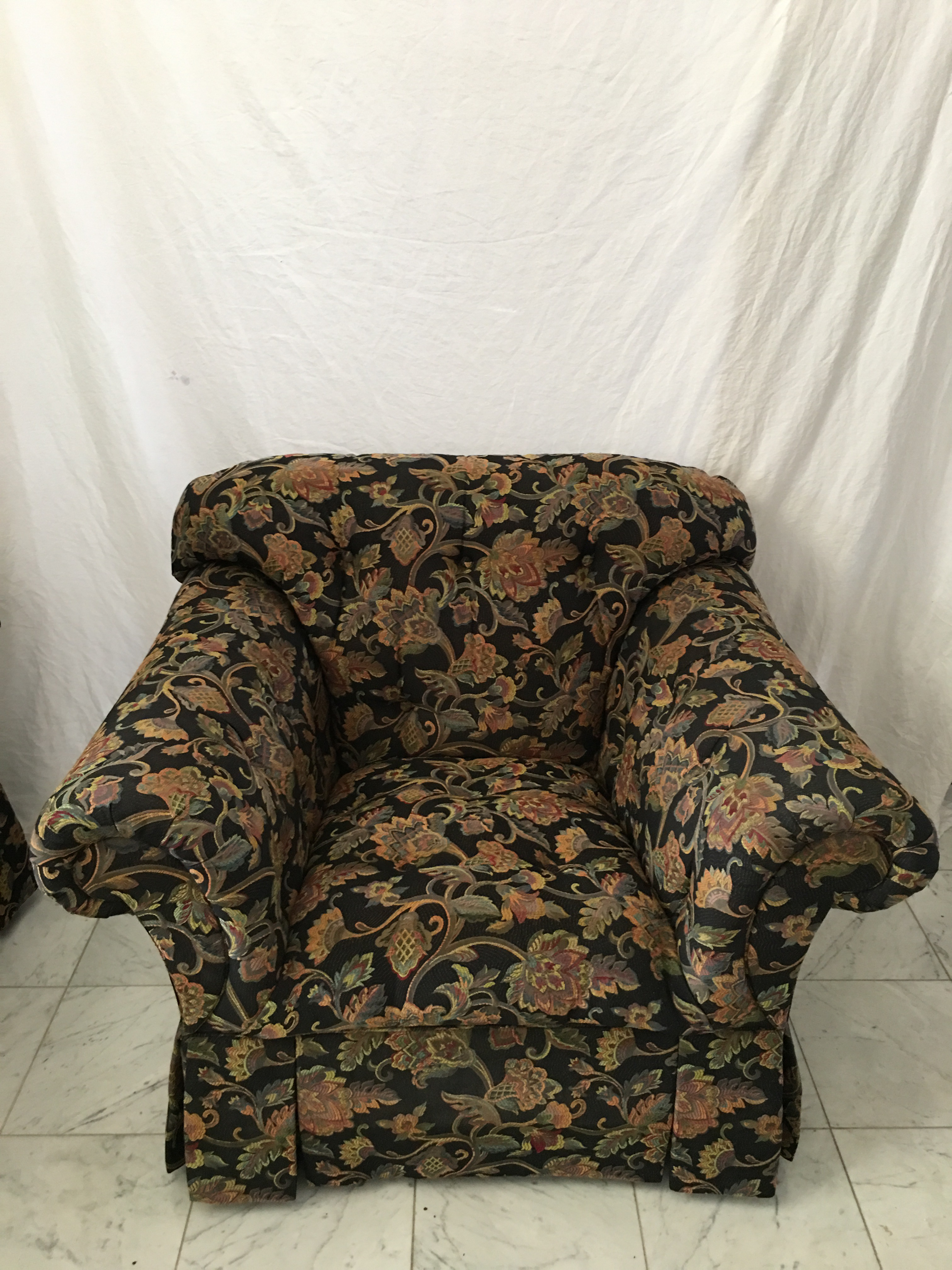 Merveilleux Drexel Heritage Drexel Heritage Oversized Tufted Chairs U0026 Ottoman For Sale    Image 4 Of 11