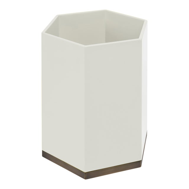 Hexagonal Bin in Slate White - Veere Grenney for The Lacquer Company For Sale
