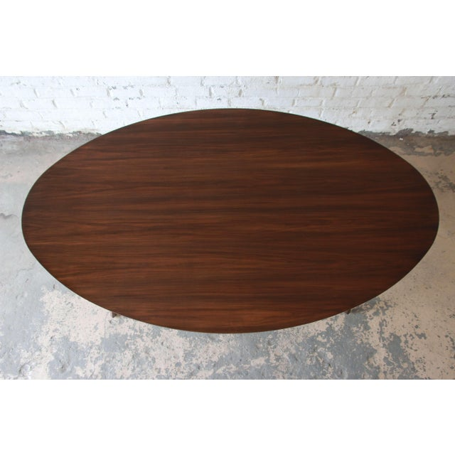 1990s Knoll Walnut Eliptical Dining or Conference Table For Sale - Image 5 of 10