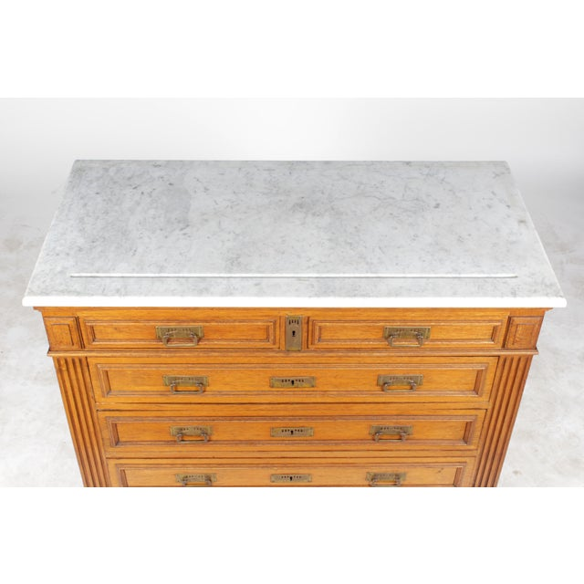 1920s Gustavian-Style Marble-Top Commode - Image 4 of 11