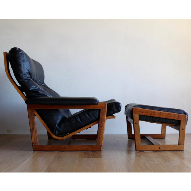 Gorgeous, hard to find, and the most comfortable lounge set ever made! Bentwood walnut frame with high, sculptural back...