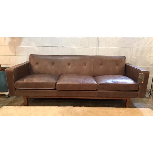 Pleasing Gus Modern Leather Embassy Sofa Ibusinesslaw Wood Chair Design Ideas Ibusinesslaworg