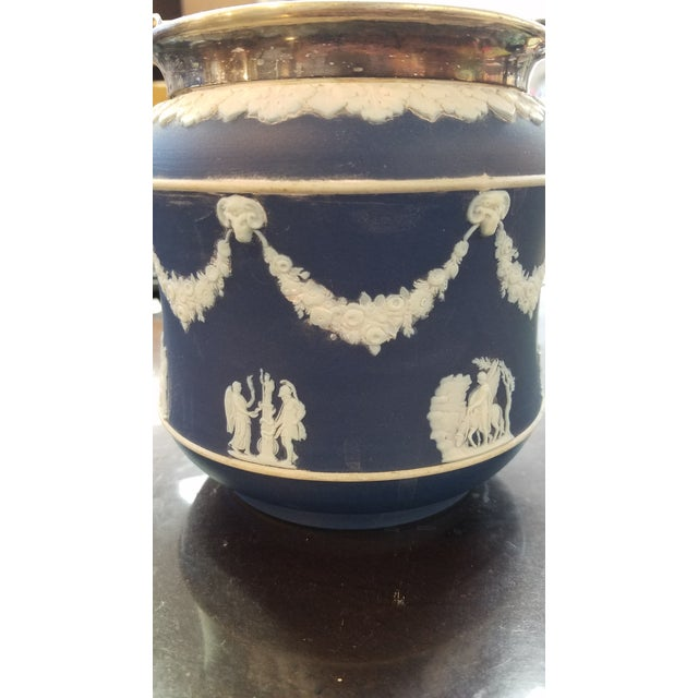 Wedgwood Biscuit Box - Image 4 of 4