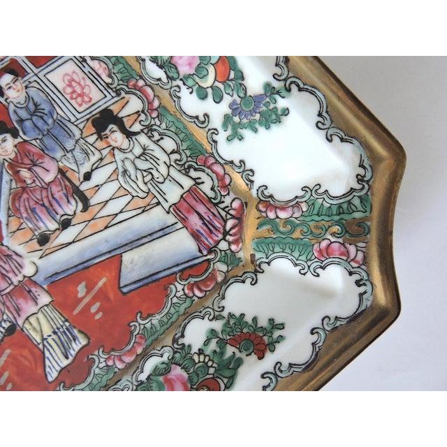 Asian Antique Chinese Rose Mandarin Enamel Porcelain Plate For Sale - Image 3 of 5
