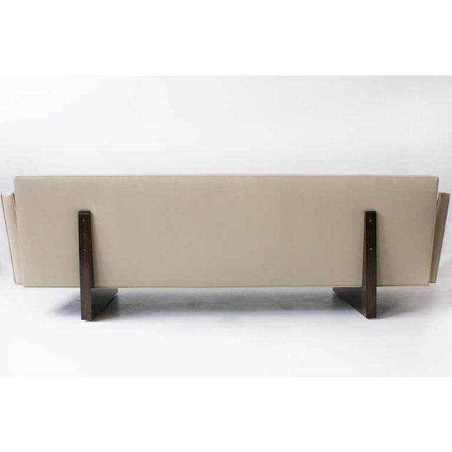 1950s Edward Wormley for Dunbar Leather Open Arm Sofa, 1950s For Sale - Image 5 of 7