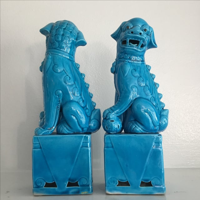 Porcelain Turquoise Foo Dogs - A Pair - Image 5 of 6