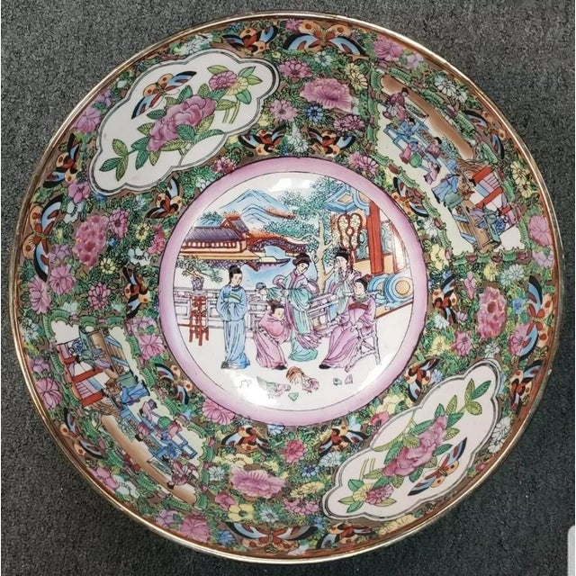 Mid 20th Century Chinese Rose Medallion Porcelain Punch Bowl For Sale In New Orleans - Image 6 of 8