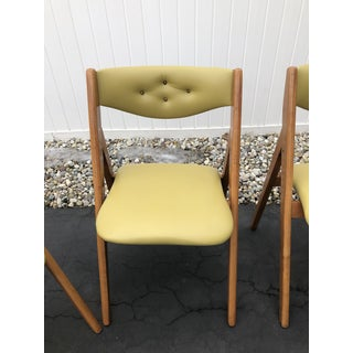 Mid Century Stakmore Chartreuse Green Folding Chairs- Set of 4 Preview