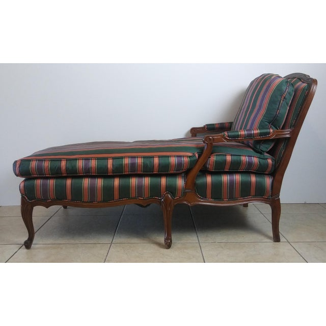 1970s Louis XV Style French Provincial Chaise Lounge For Sale - Image 5 of 11