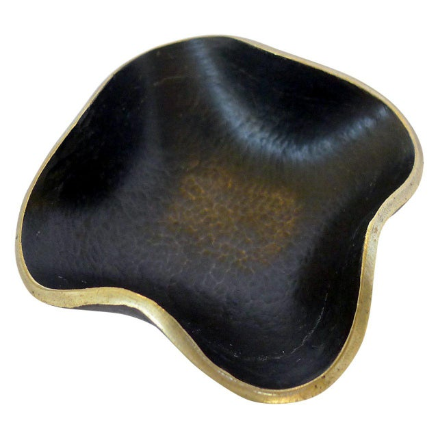 1950s Delicate Brass Bowl by Walter Bosse For Sale - Image 5 of 5