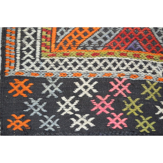 "Vintage Turkish Anatolian Hand Made Organic Wool Tribal Kilim,5'2""x7'9"" For Sale - Image 4 of 5"
