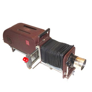 DelineaScope Lantern Glass Slide Projector Circa 1942 For Sale