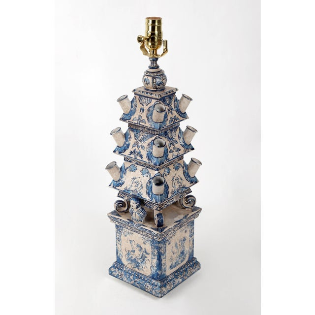 Vintage Dutch Blue and White Style Pagoda Hand-Painted Table Lamp For Sale In New York - Image 6 of 9