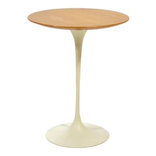Eero Saarinen Tulip Side Table With Oak Top by Knoll For Sale