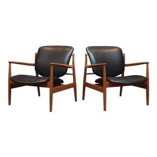Finn Juhl Lounge Chairs FD 136 For Sale