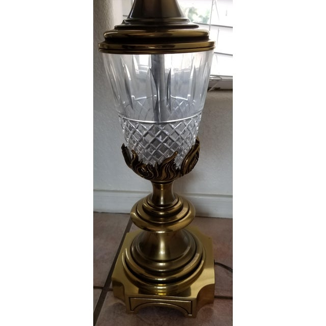 We love this extraordinary Mid-century Modern Stiffel Table Lamp for the timeless elegance and quality this label...