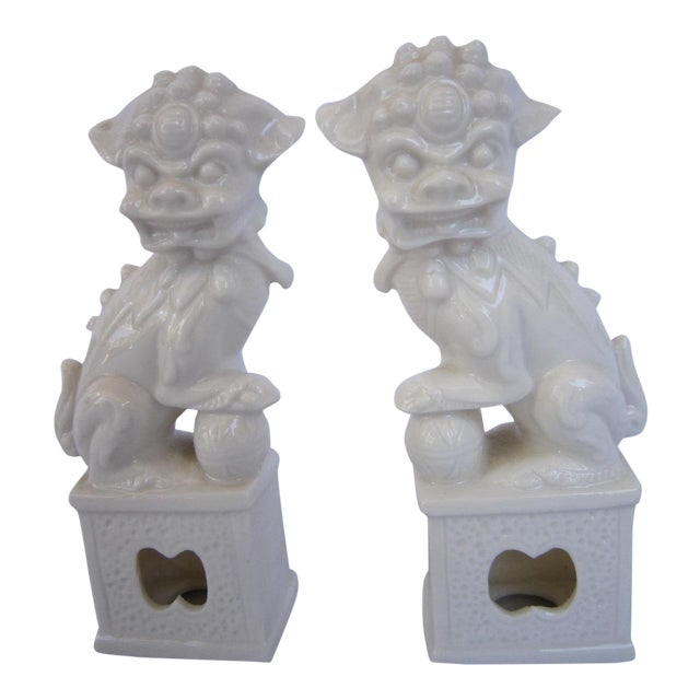 Vintage White Foo Dogs - A Pair - Image 1 of 5