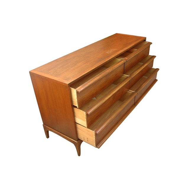 Mid-Century Modern Vintage Lane Wooden 6-Drawer Dresser For Sale - Image 3 of 4