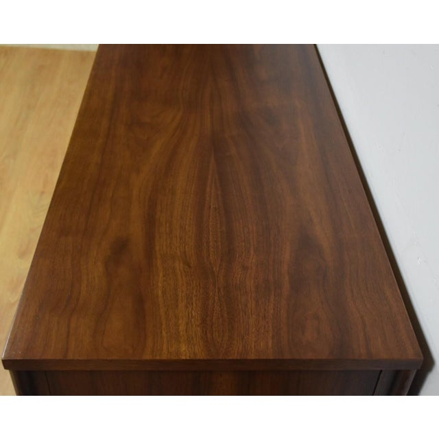 Kent Coffey Perspecta Walnut & Rosewood Dresser - Image 7 of 10