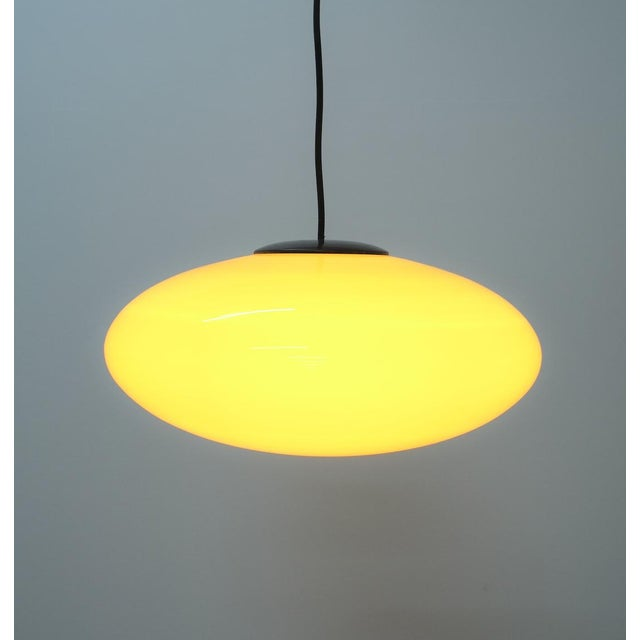 Yellow Stilnovo Glass Ball Pendant Lamp, Midcentury Italy For Sale - Image 6 of 8