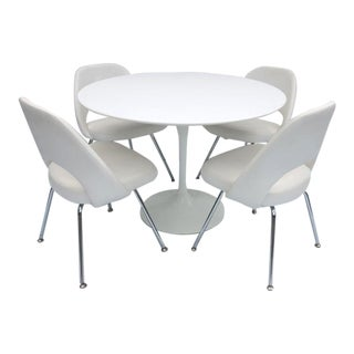 Knoll Saarinen White Tulip Dining Set