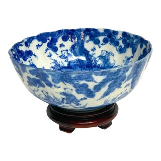 Meiji Period Blue and White Imari Scalloped Bowl With Stand For Sale