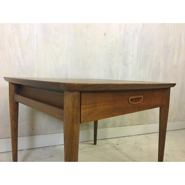 Danish Modern Mid Century Lane Walnut Accent Table For Sale - Image 3 of 5