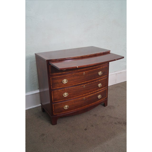 Baker Mahogany Bow Front Banded Bachelors Chest - Image 6 of 10