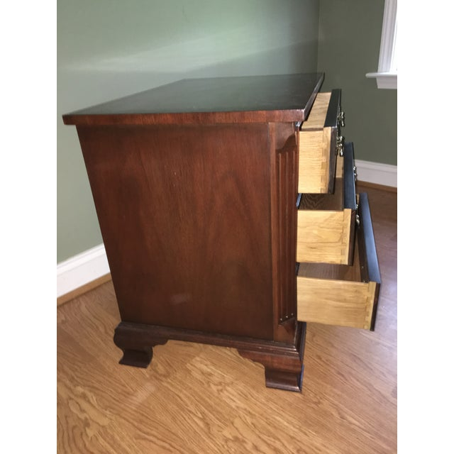 Baker Chippendale Style Mahogany Night Stand - Image 4 of 4
