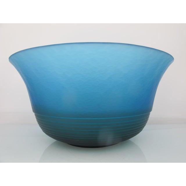 Italian Mid 20th Century Venezia Italian Murano Art Glass Bright Blue Bowl by VeArt For Sale - Image 3 of 7