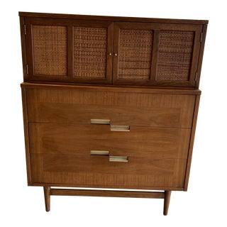 American of Martinsville Mid-Century Modern 5 Drawer Dresser with Cane Doors For Sale