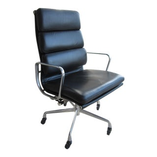 Eames Herman Miller Black Soft Padded Executive Chair