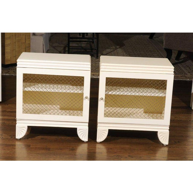 Lacquer Gorgeous Restored Pair of End Tables by Widdicomb in Cream Lacquer, Circa 1938 For Sale - Image 7 of 11